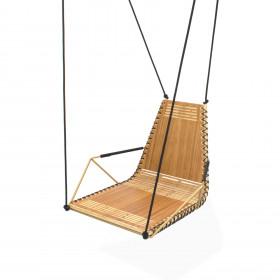 Cadeira de Balanço em Madeira e Estrutura Metálica Ruptura