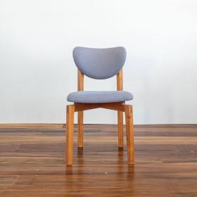 Cadeira em Madeira Maciça Freijó Cláudia