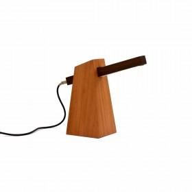 Luminária de Mesa em Madeira de Lei Modelo Matraca
