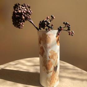 Vaso em Porcelana - Série Flores Fluidas