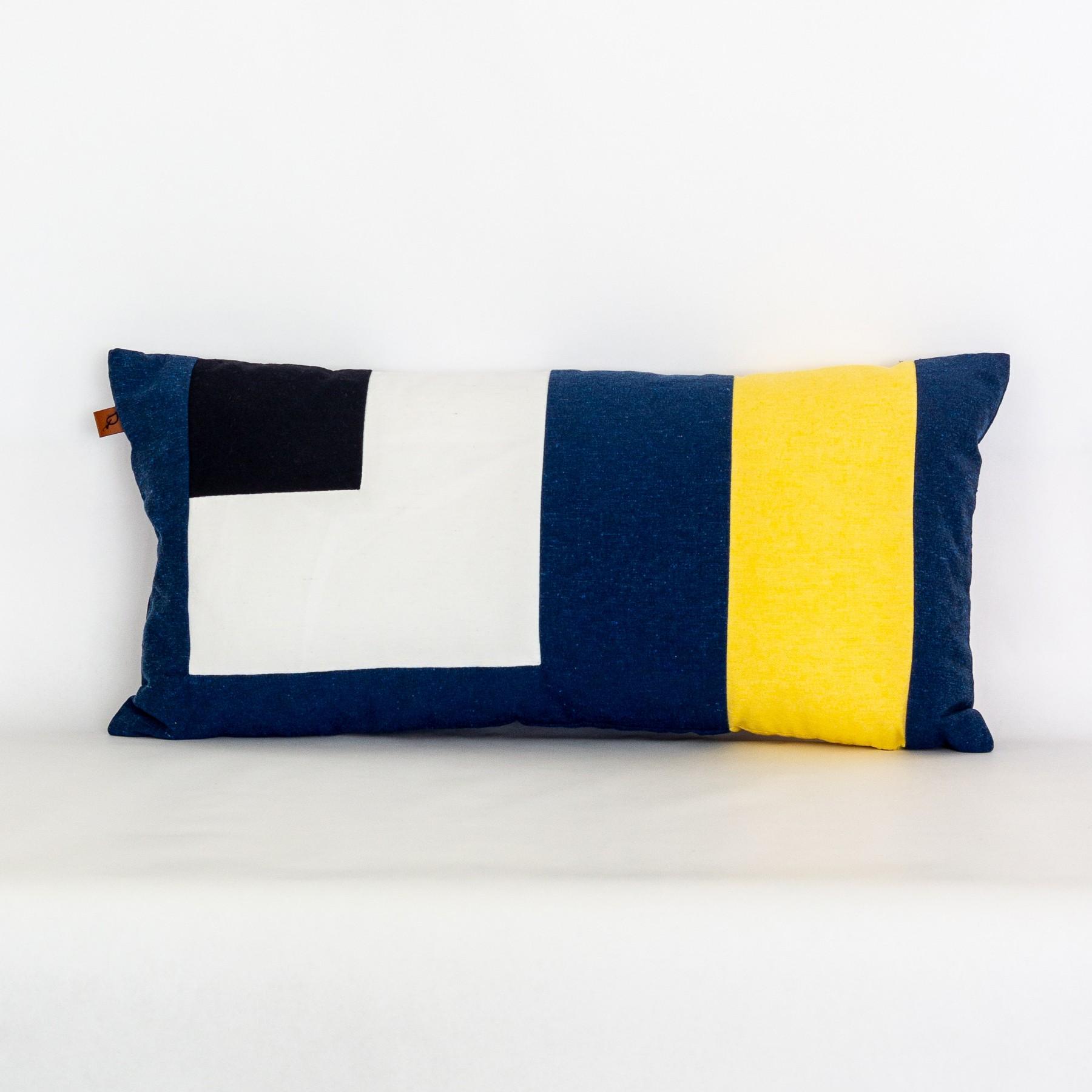 Almofada Retangular em Tecido Ecológico Pop-Art