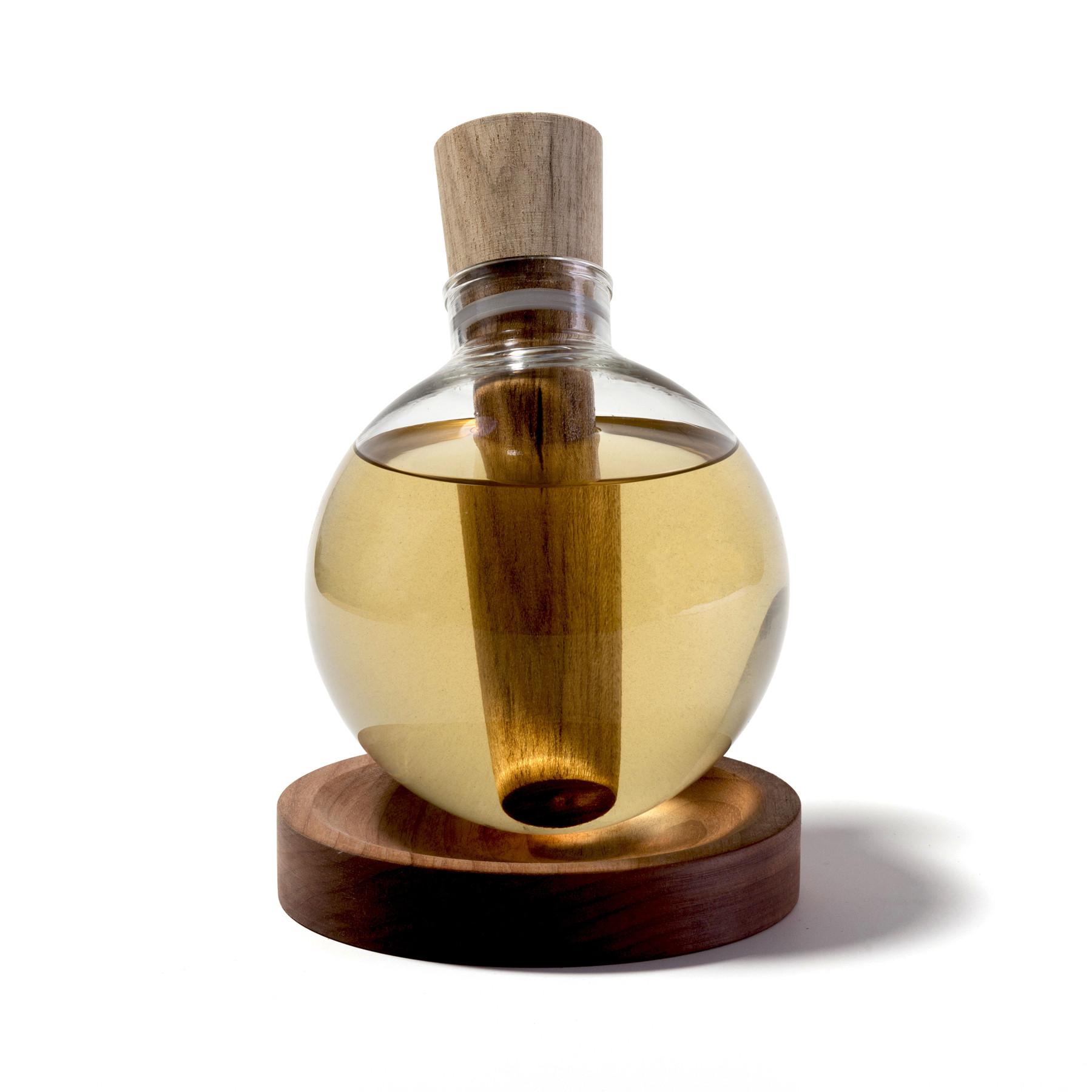 Envelhecedor de Cachaça em Vidro e Madeira e=mc³