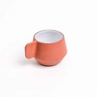 Xícara em Cerâmica Chanfro