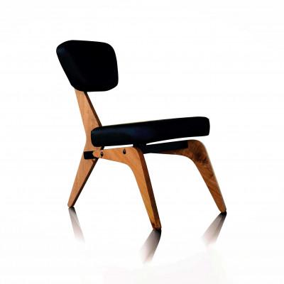 Cadeira em Madeira Jequitibá e Aço Carbono Boomerang Chair