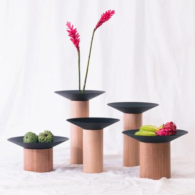 Coleção de Vasos em Madeira Maciça Torneada Dossel