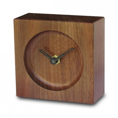 Relógio de Mesa em Madeira Jequitibá Round