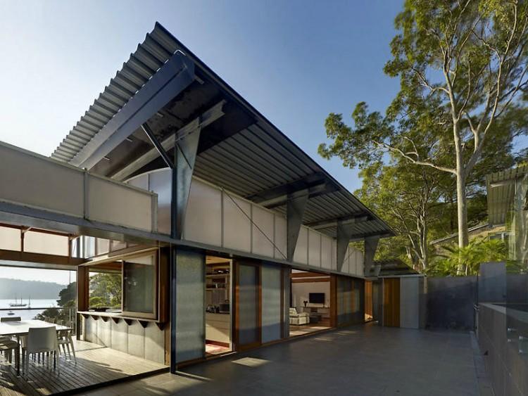 Casa no penhasco cliff face house hometeka for Beach house design awards