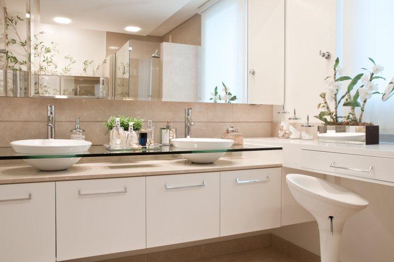 Bancadas no banheiro 14 dicas de materiais e projetos  ~ Bancada De Granito Para Quarto