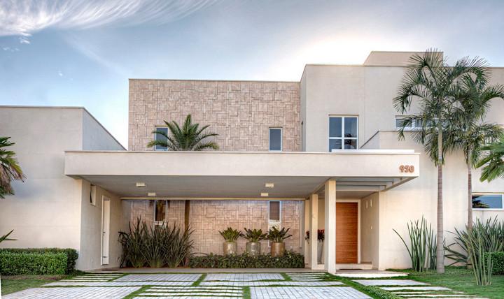 Guia de revestimentos para fachadas materiais vantagens for Fachadas de casas con azulejo