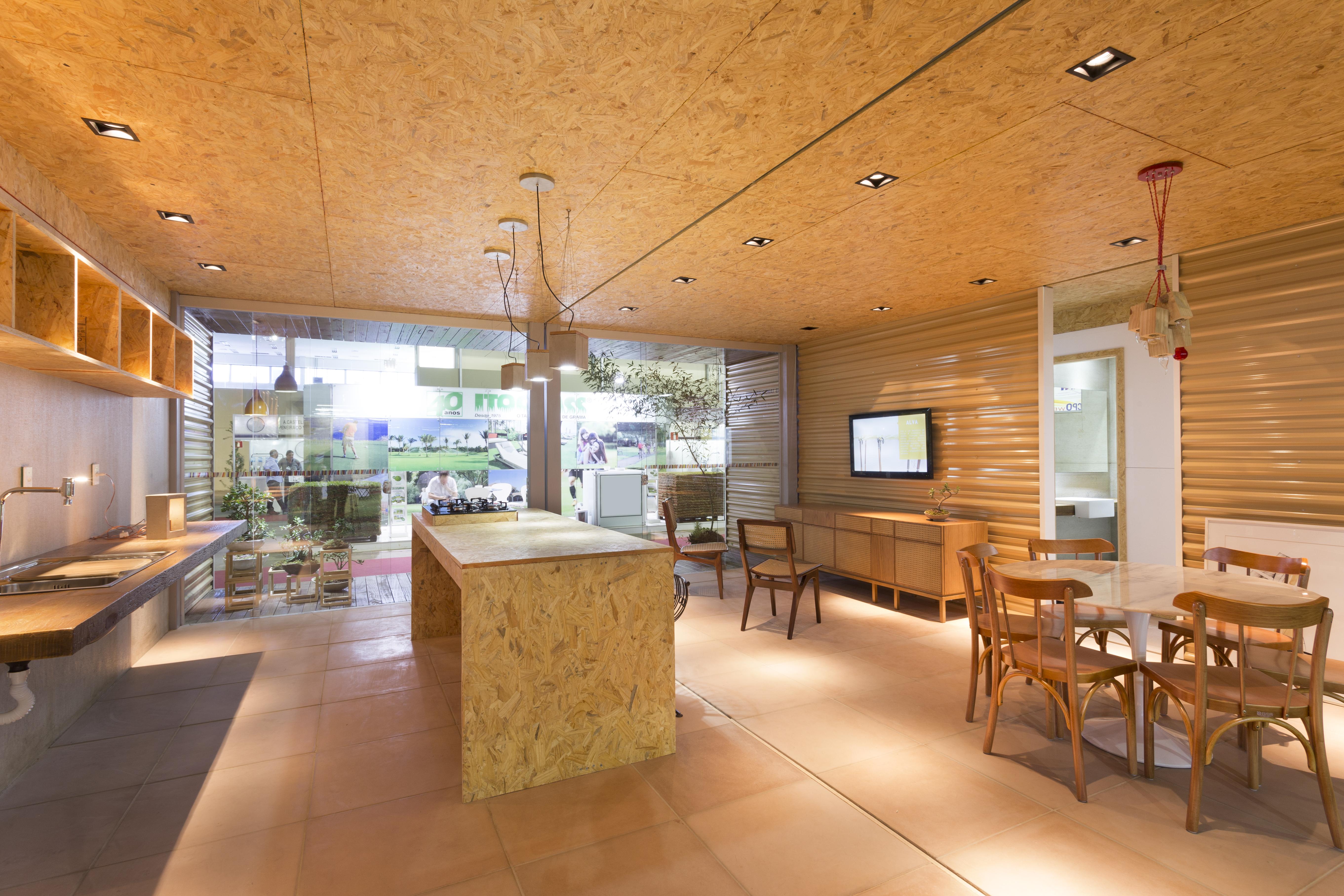 Interior da Casa Chassi. Projeto: Bernardo Horta e Pedro Haruf