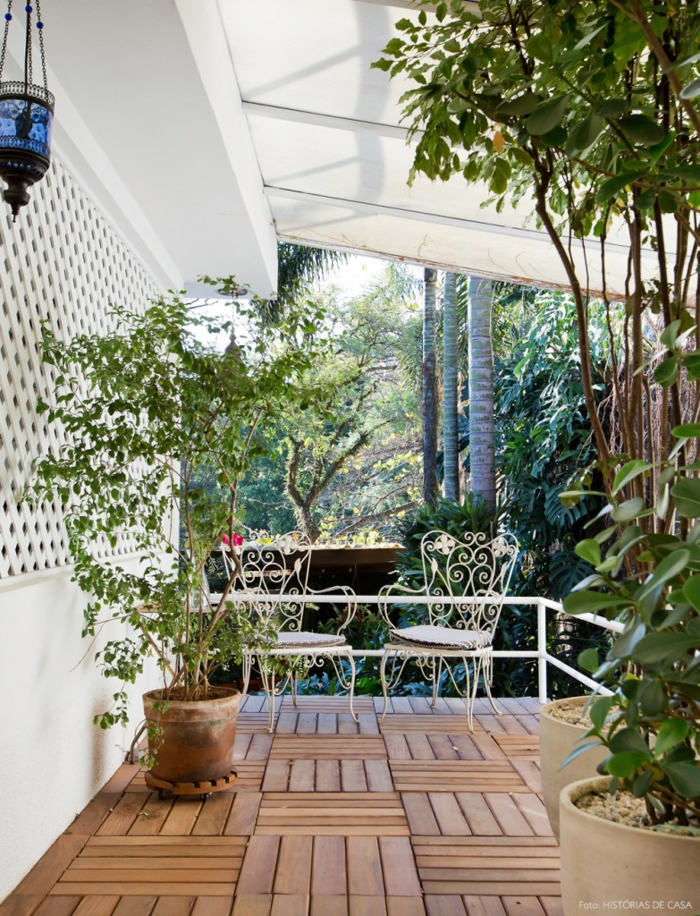 25-decoracao-jardim-deck-de-madeira-varanda