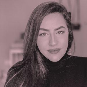 julia-negrao-foto-de-perfil-rosa