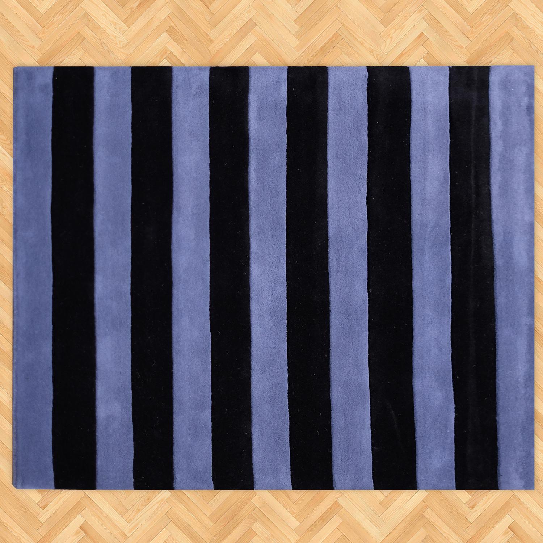 O modelo Nineties Stripes, que também é 'Hand-tufted' é um exemplo da aplicação de geometria e paleta contemporâneas nessa que é uma das técnicas mais nobres da tapeçaria.