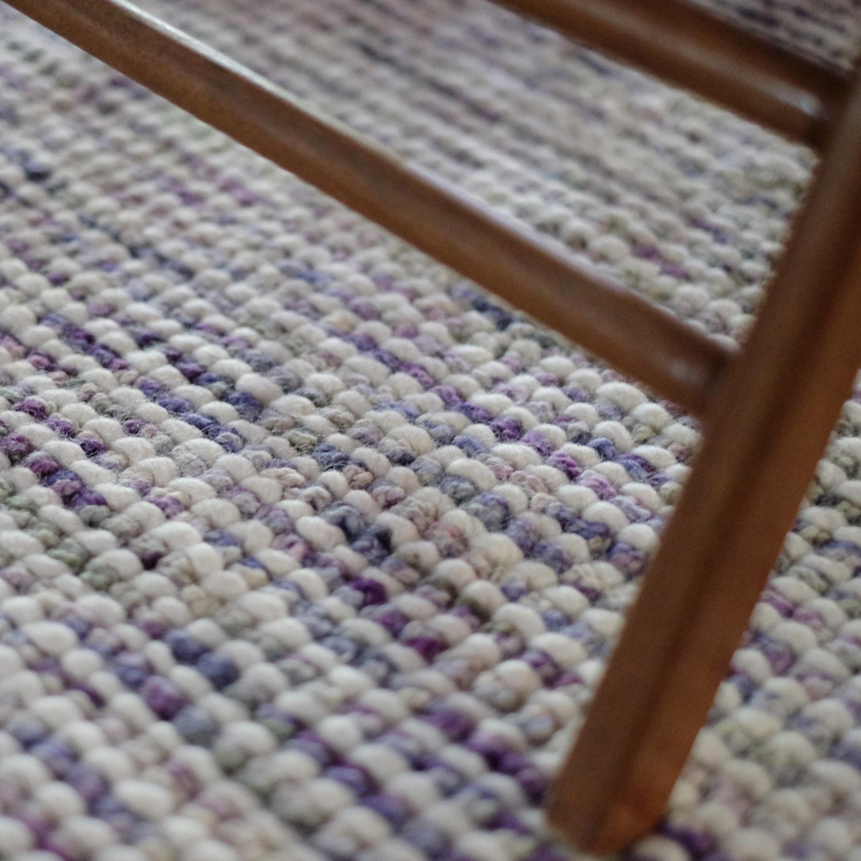 Este é o Agra Super Lã que é um tapete que fica especialmente  bem no quarto, ou se você quiser ter um tapete para sala de estar muito confortável.