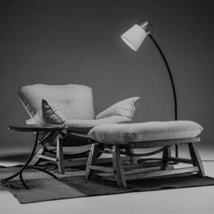 conjunto-produtos-caboco-poltrona-pacha-banqueta-luminaria-piso-lampejo-mesa-apoio-tropeiro-tapete-aroeira-copy